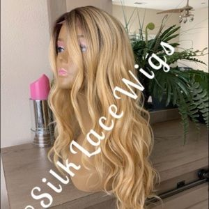 HONEY BLONDE OMBRÉ 360 all around SWISS LACE WIG